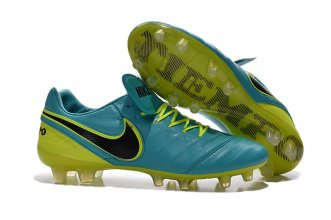 Nike Football Shoes In 429986 For Men